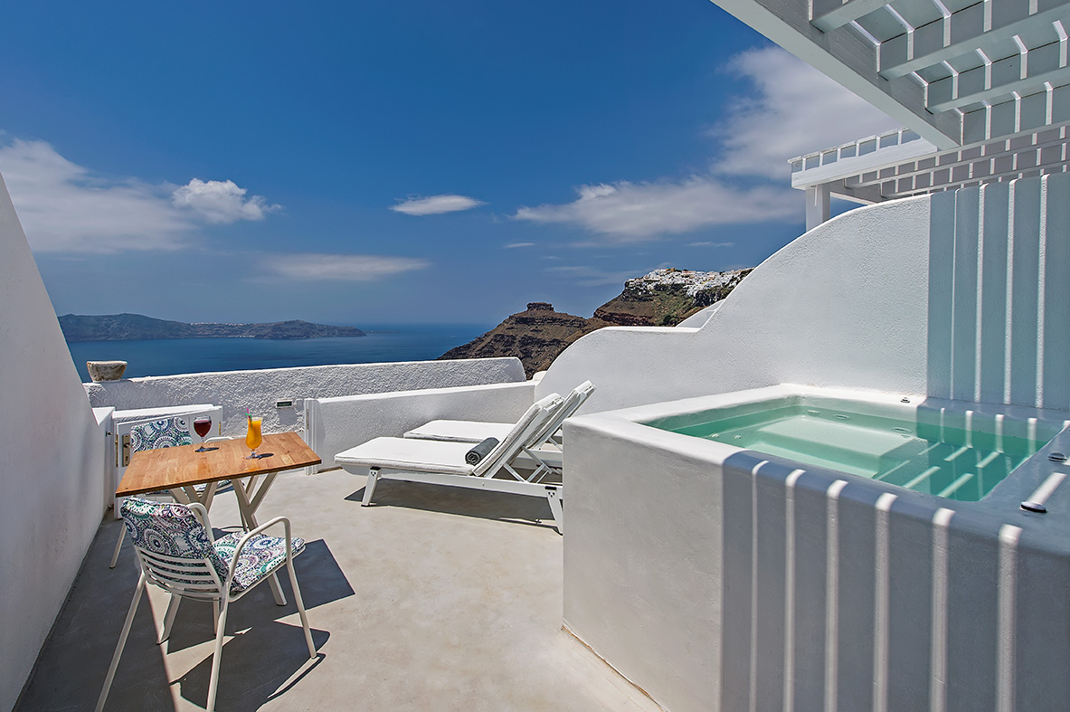 Aura Suites Santorini Greece